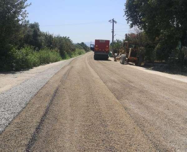 Turgutlu ova yollarındaki asfalt çalışmaları devam ediyor
