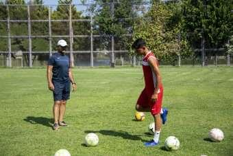 Büyükşehir Belediyesinin kurslarında yetişti, iki kez milli takıma katıldı