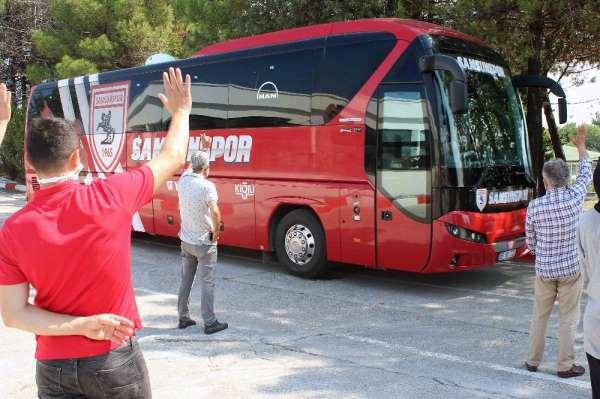 Samsunspor Altay deplasmanı için İzmir'e hareket etti