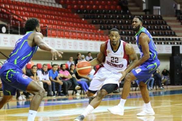 Baksetbol Süper Ligi: Gaziantep Basketbol:69 - Tofaş:81