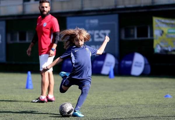 PSG Academy Bursa'dan 2 futbolcu Ukrayna'da turnuvaya katılacak