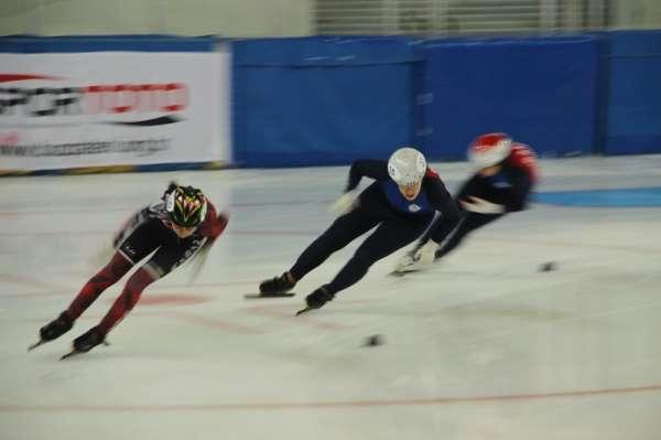 Short Track Nene Hatun Kupası yarışları 165 sporcuyla Erzurum'da başladı