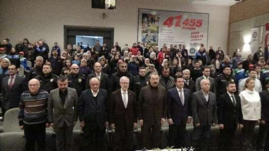 Bursa polisinden 'Umuda Spor, Huzura Skor'
