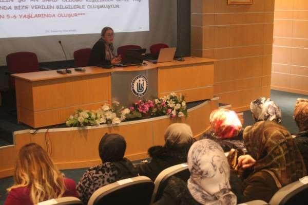 Bayburt'ta 'Anne Üniversitesi' projesi kapsamında anneler eğitimlerini sürdürüyo