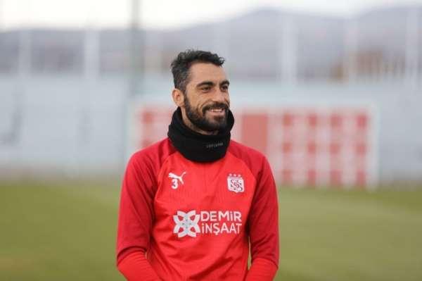 Sivassporda Uğur Çiftçi korona virüsü atlattı!