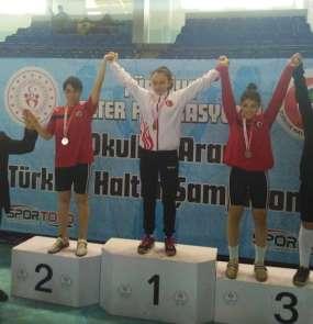Edirneli genç halterci Bahar, Türkiye şampiyonu oldu