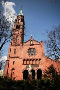 Polonya'da kiliseye saldırı: 1 ölü