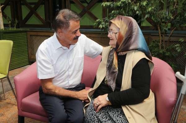 Başkan Deveci: 'Atakum'da dayanışmayı sağladık'