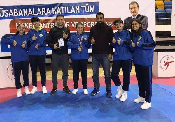 Ayşegül Kaya Türkiye üçüncüsü oldu