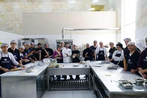Kapadokya Üniversitesinden lise öğrencilerine İtalyan mutfağı atölyesi