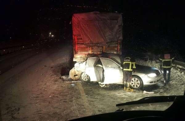 Kar beraberinde kazayı da getirdi: 3 ölü, 1 yaralı