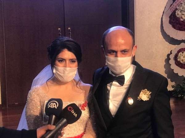 Denizlili evsiz çiftin nikahını İstanbul Valiliği kıyıp, evlerini kurdu