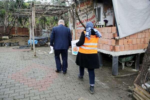Atakumda 4 binden fazla ihtiyaç kolisi ailelere ulaştırıldı