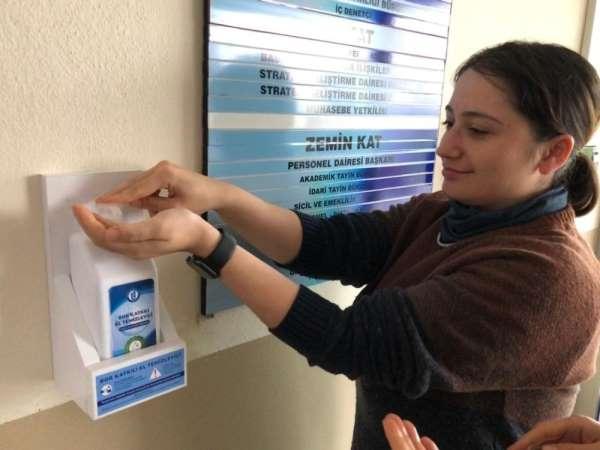 Bartın Üniversitesi'nde bor katkılı el temizleyicisi ile sabun üretildi