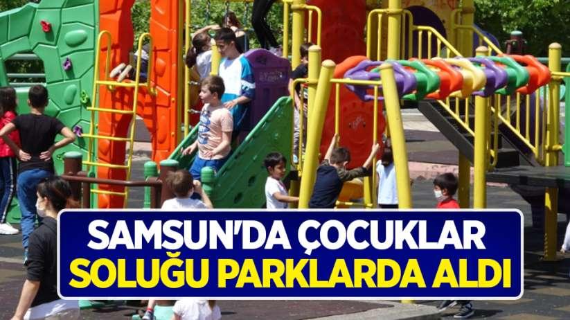 Samsun'da çocuklar soluğu parklarda aldı