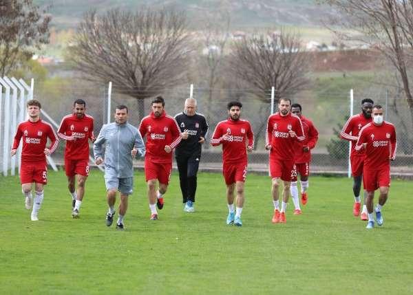 Sivasspor'a virüs testi yapılacak