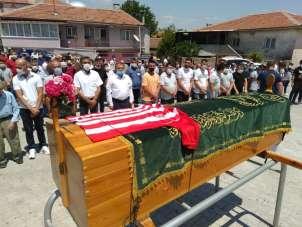 Balıkesirspor aşığı berber dualar ile toprağa verildi