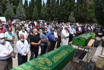 Sinop'ta boğulan baba ve iki oğlu toprağa verildi