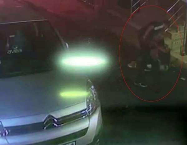 Esenlerde gaspçı dehşeti, yabancı uyruklu şahsı 6 yerinden bıçakladı