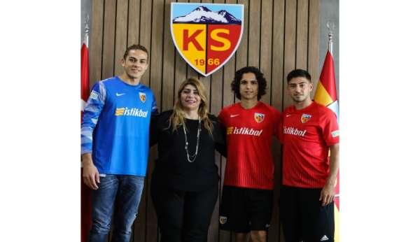 Kayserispor 3 genç oyuncusunun sözleşmesini uzattı