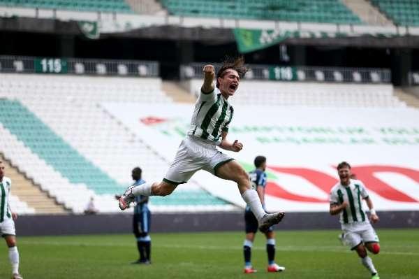 TFF 1. Lig: Bursaspor: 1 - Adana Demirspor: 0 (İlk yarı sonucu)