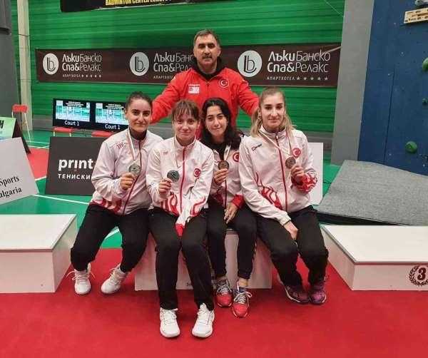 Erzincanlı sporcular Badminton Milli takımının gururu oldu