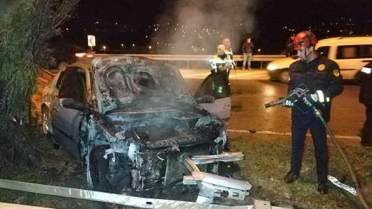 Samsun'da kaza yapan otomobil yandı, sürücü kayıp