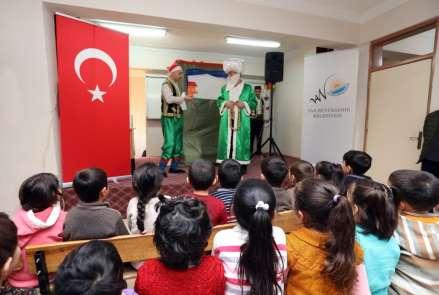 Van Büyükşehir Belediyesi, tiyatro oyunuyla çevre eğitimi veriyor