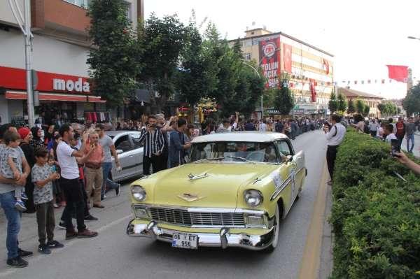 Klasik otomobil tutkunları Hititlerin başkentinde buluştu