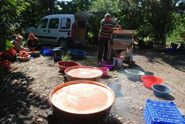 Tokatlı buluşu ile domates salçası yapımını kolaylaştırdı