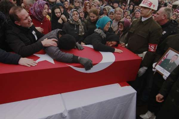 Edirne'li şehit son yolculuğuna uğurlandı