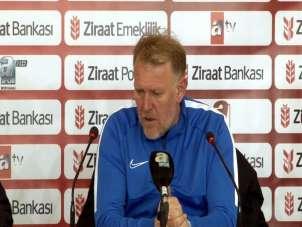 """Prosinecki: """"Yeni gelen oyuncularla ligde kalmak için savaşacağız"""""""