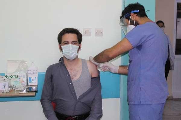 Türkeli'de ilk korona aşıları vuruldu