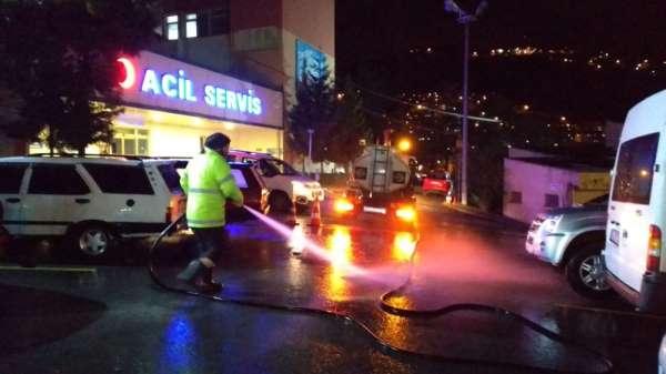 Hastaneler, kamu kurumları, ibadethaneler ve sokaklar yıkanıyor