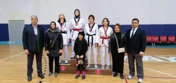 Okullar arası Gençler Taekwondo İl Birinciliği müsabakaları tamamlandı