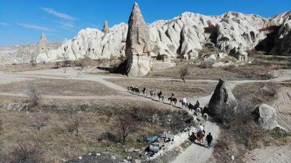 Kapadokya'da Sevgililer Günü yoğunluğu yaşanıyor