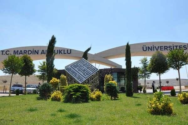 MAÜ Evde Üniversite Projesi ile panel düzenlemeye devam ediyor