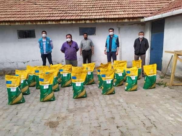 Kütahya'da çiftçilere yağlık ayçiçeği ve dane mısır tohumu desteği