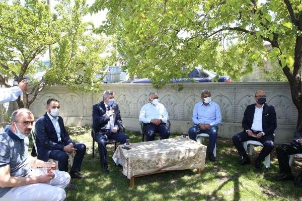 Başkan Büyükkılıç Bünyanda Şehit Cennet Yiğitin ailesiyle bayramlaştı