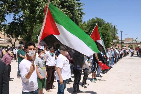 Gazze ve Kudüs şehitleri için Şanlıurfada gıyabi cenaze namazı kılındı
