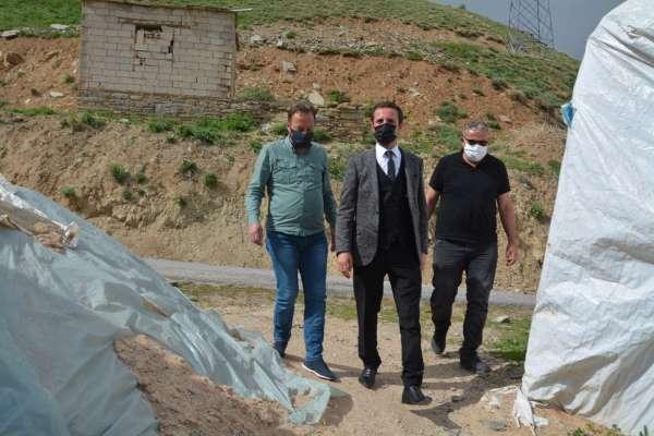 Müdür Abdullahoğlundan şehit ailelerine ziyaret