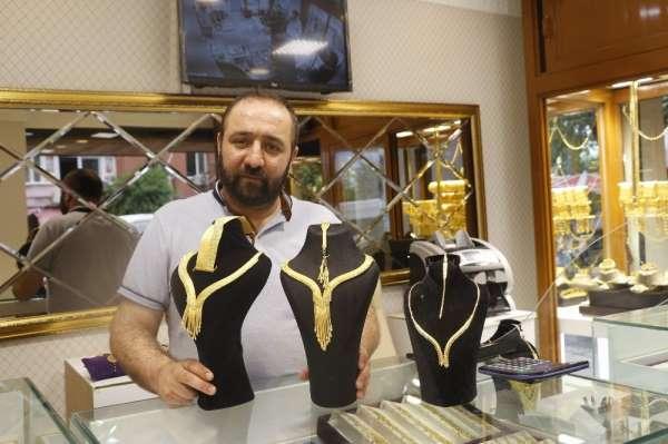Evlilik hazırlığı yapanları korona virüsten sonra altın fiyatları da vurdu