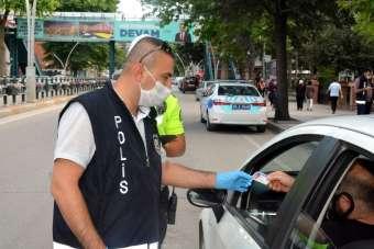 Maskesiz sokağa çıkanlara 5 bin 400 lira ceza