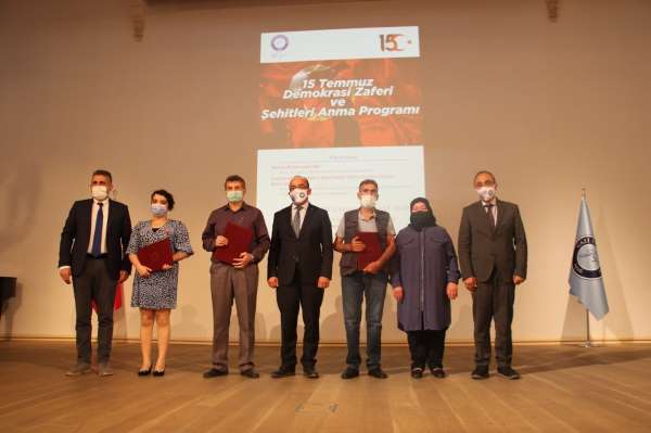 Gazi Üniversitesinde 15 Temmuz Şehitlerini anma töreni