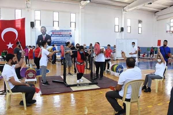 Konyada Türkiye Görme Engelliler Halter Şampiyonası başladı
