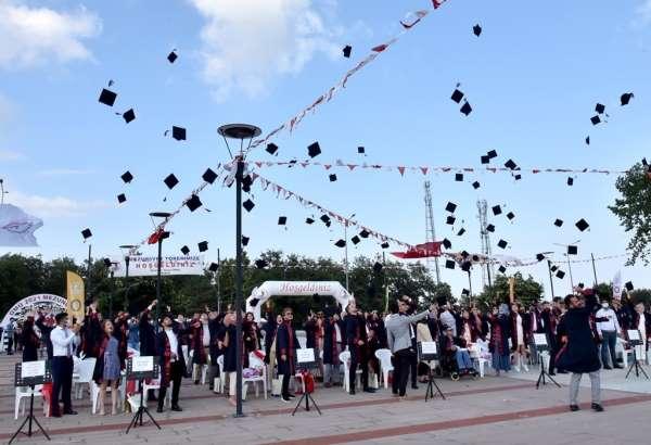 OMÜ Ziraat Fakültesinde mezuniyet coşkusu