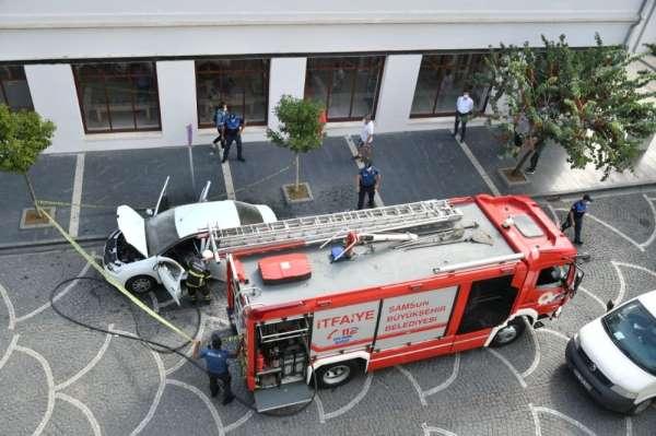 Samsun'da otomobil yangını