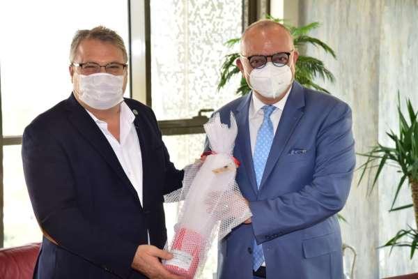 Başkan Çerçi Vali Karadeniz ve Başkan Ergünü yağlı güreşlere davet etti