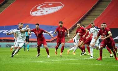 UEFA Uluslar Ligi: Türkiye: 0 - Sırbistan: 1 (İlk yarı)
