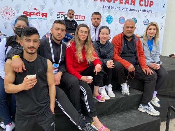 Elazığdan 3 sporcu Dünya Kick Boks Şampiyonasında